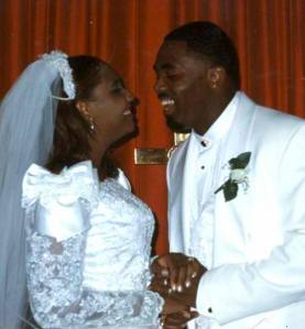 Traci Braxton & Kevin on their wedding day.